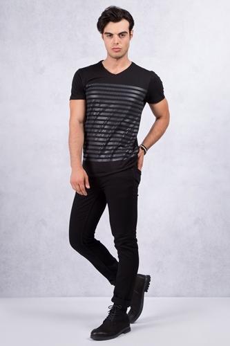 Siyah Baskılı Tişört - Siyah Jean Kombin