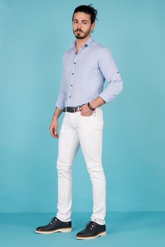 Açık Mavi Keten Gömlek Erkek Kombin