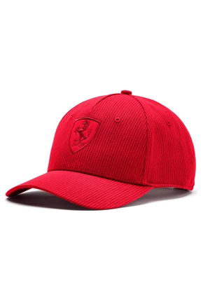Ferrari Kırmızı Şapka